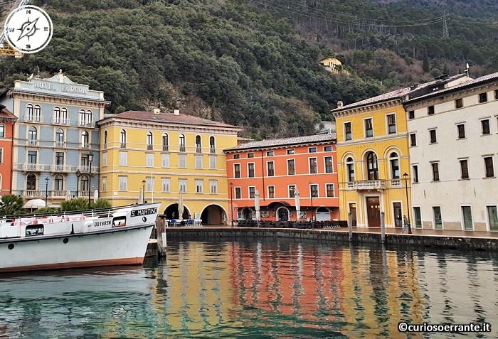Riva del Garda - edifici sul lungo lago