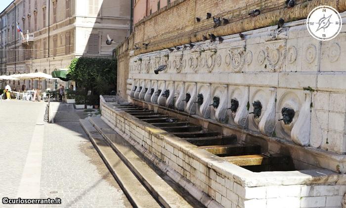 Ancona - La fontana delle tredici cannelle
