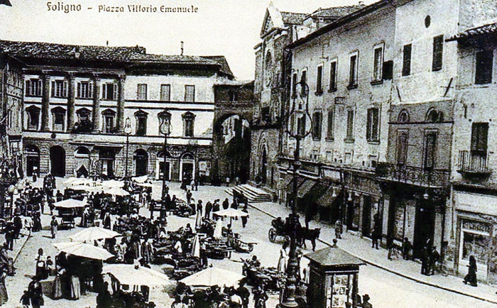 Foligno - Foto storica di Piazza della Repubblica già Piazza Vittorio Emanuele