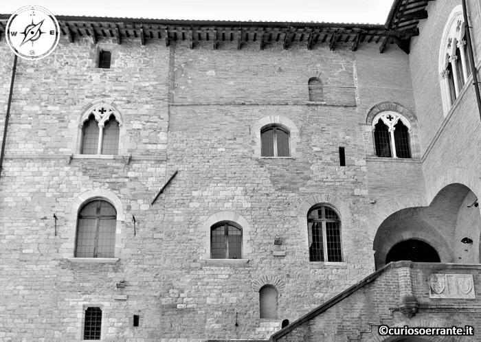 Foligno - Palazzo Trinci - materiali di costruzione