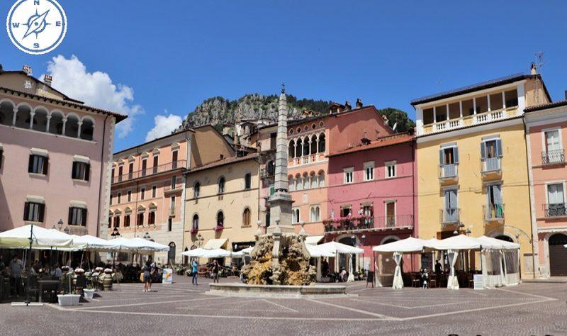 Tagliacozzo - Piazza Obelisco