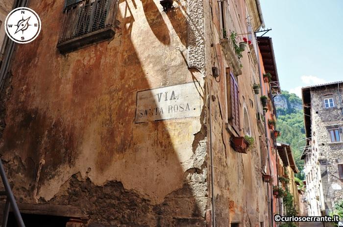 Tagliacozzo - passeggiando lungo il borgo storico 2