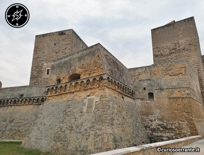 Bari - il Castello Svevo bastioni