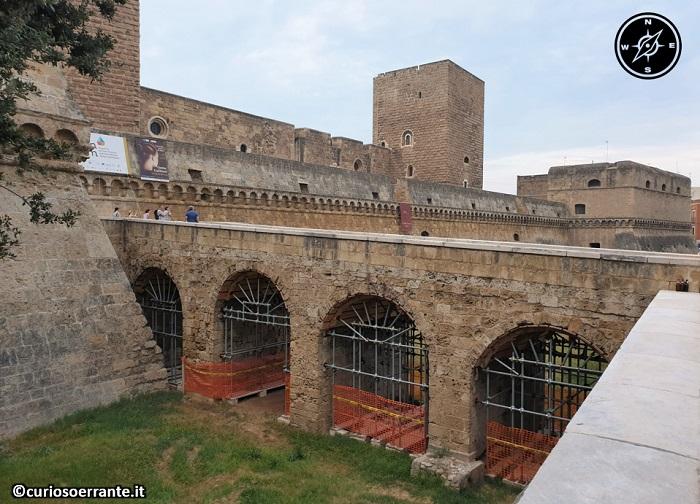 Bari - il Castello Svevo entrata