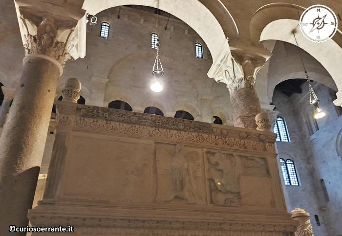 Bari - la cattedrale di San Sabino - ambone medioevale