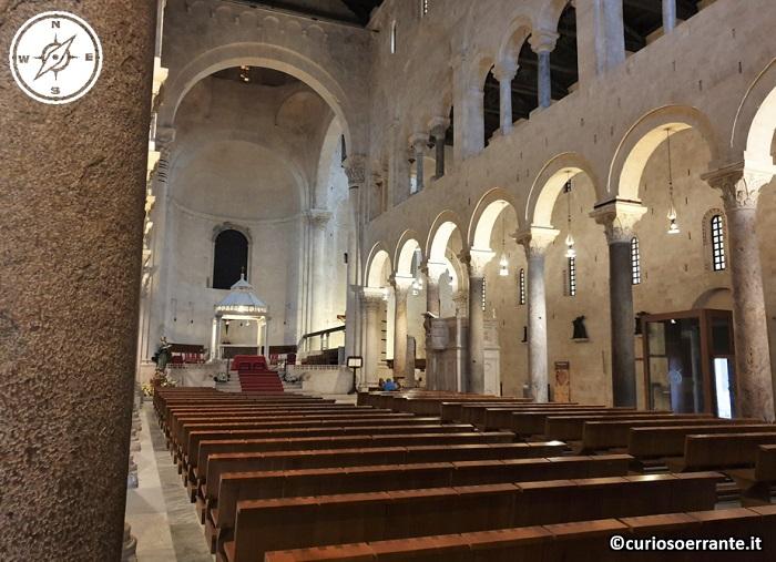 Bari - la cattedrale di San Sabino - navata centrale