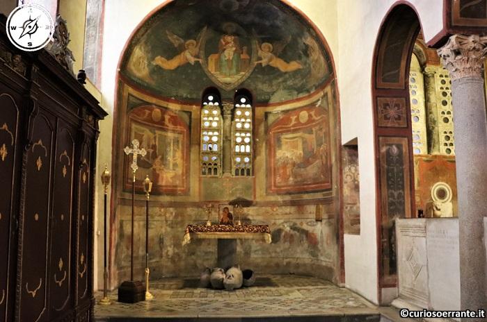 Roma - Basilica di Santa Maria in Cosmedin - navata laterale