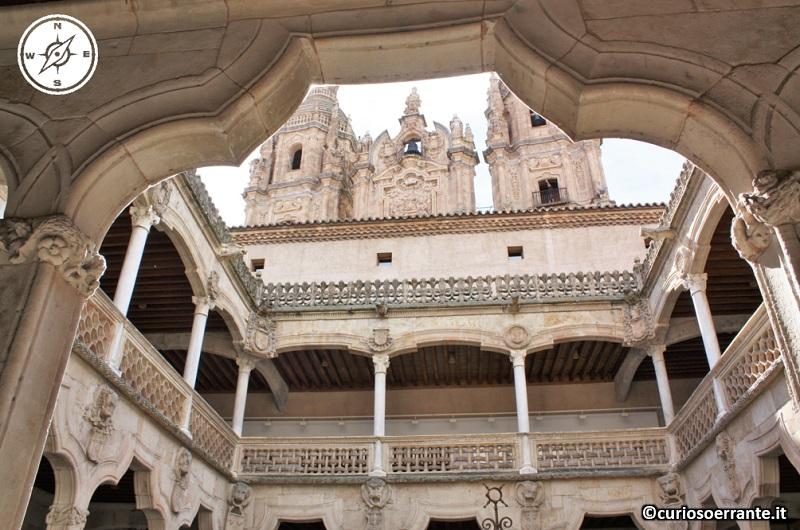 Salamanca - Casa de las conchas chiostro