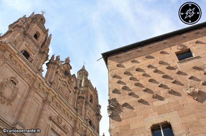 Salamanca - Casa de las conchas e la Clerecìa