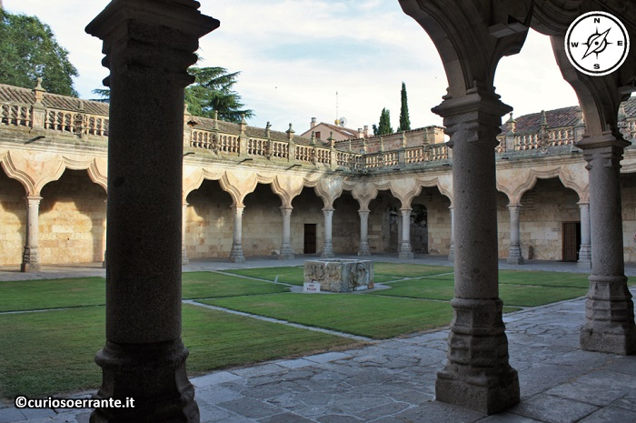 Salamanca - Università chiostro