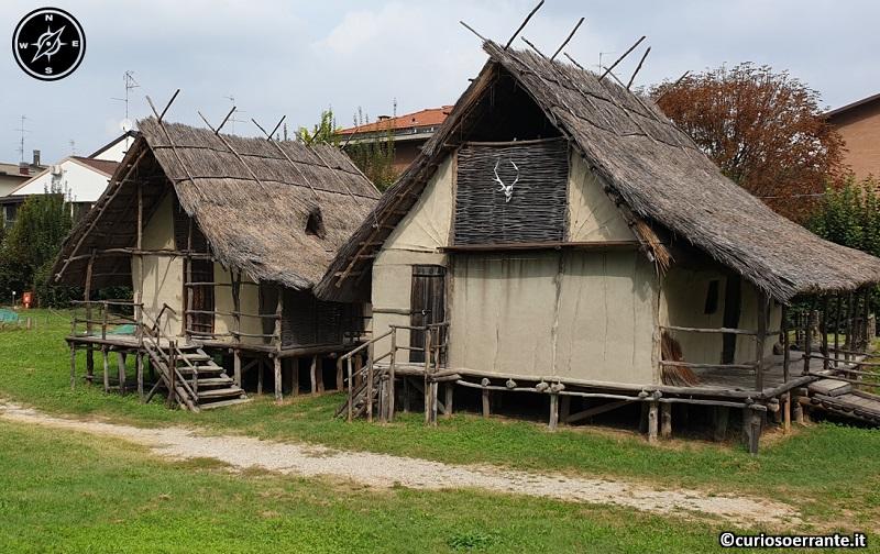 Terramara di Montale - abitazioni del villagio (ricostruzione)