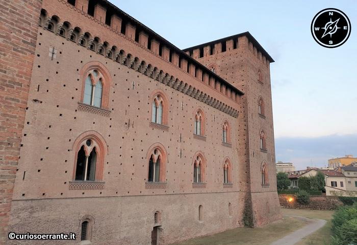 Il Castello Visconteo di Pavia - lato