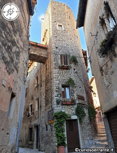 Sermoneta - borgo medievale