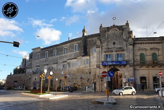 Altamura - Porta per il centro storico