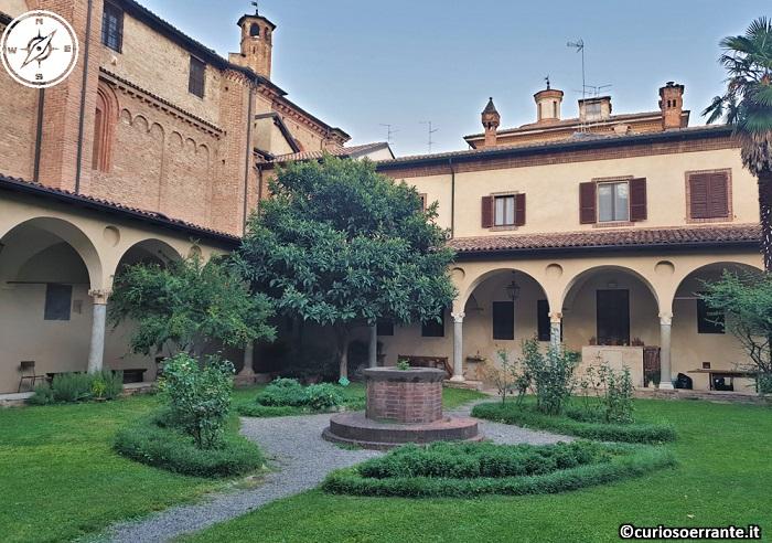 Piacenza - Basilica di Sant'Antonino - chiostro