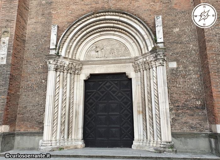 Piacenza - Chiesa di San Francesco - portale