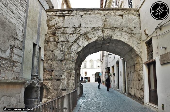 Spoleto - Arco di Druso