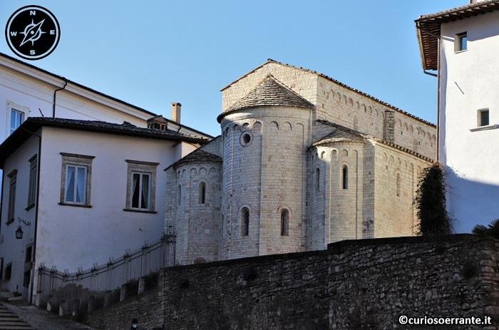 Spoleto - Basilica di Santa Eufemia - absidi nel retro