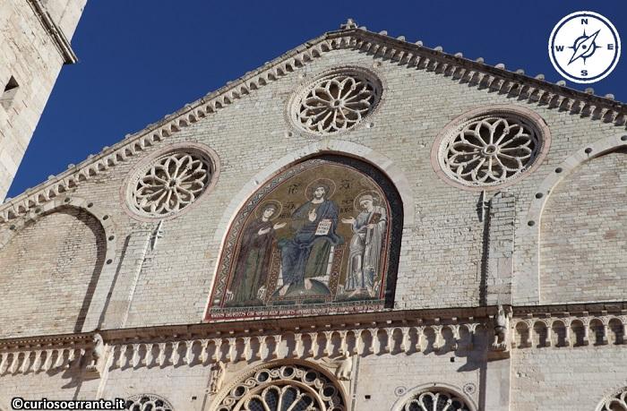 Spoleto - Duomo particolare della facciata