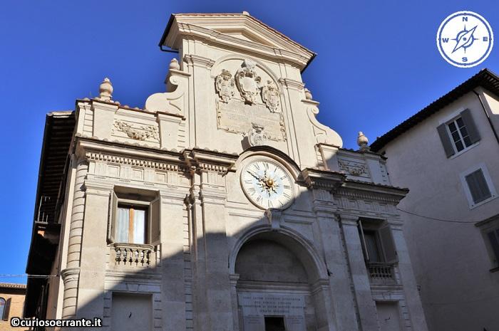 Spoleto - Fontana di Piazza del Mercato