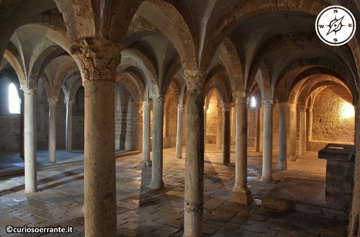 Tuscania - Chiesa di San Pietro - Cripta