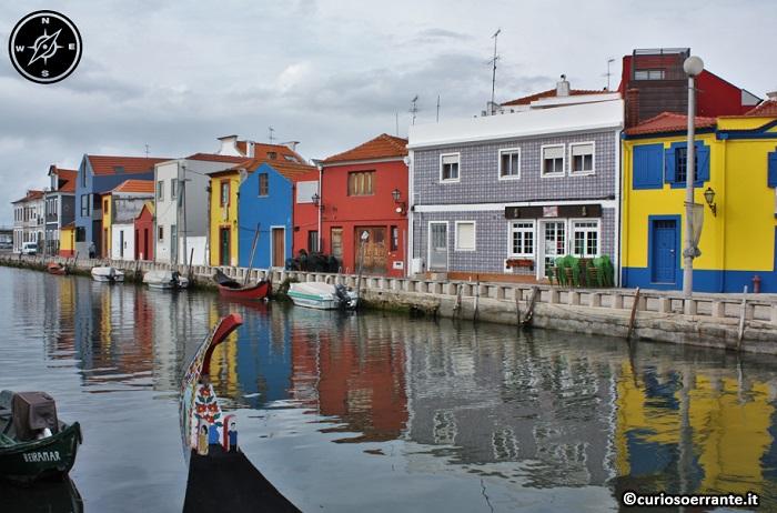 Aveiro - navigando su un moliceiro tra i canali della città