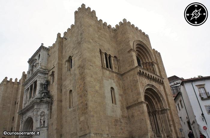 Coimbra - Sé Velha antica cattedrale (vista laterale)