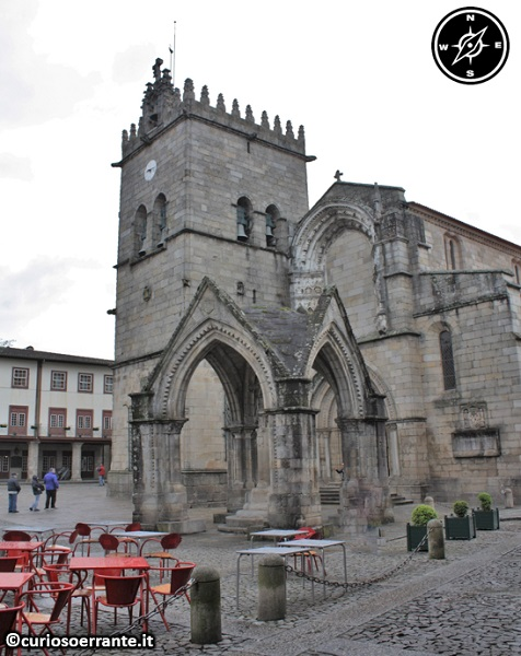 Guimarães - Nossa Senhora de Oliveira - Largo da Oliveira