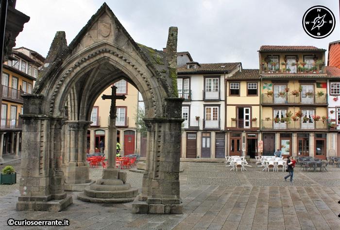 Guimarães - Padrão do Salado - Largo da Oliveira