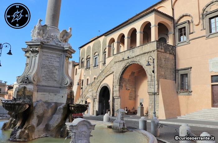 Tarquinia - Palazzo Comunale e Piazza Matteotti