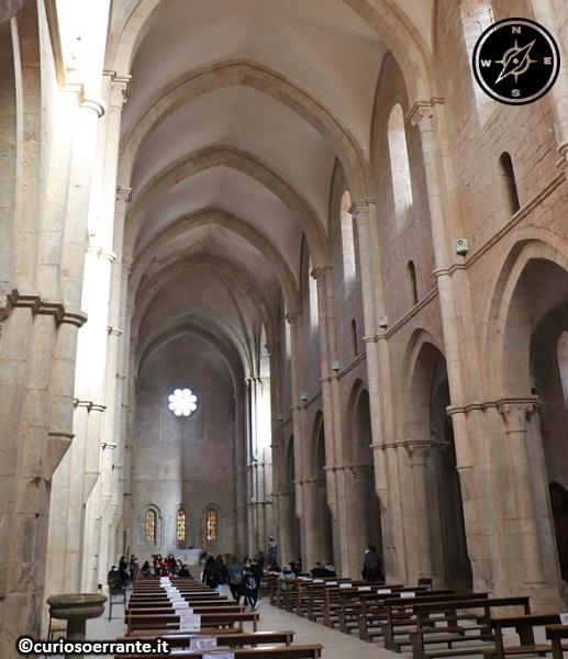 Abbazia di Fossanova - Navata della chiesa