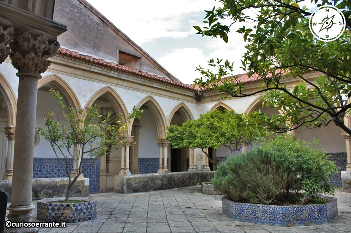 Tomar, Convento de Cristo - Chiostro gotico del Cimitero