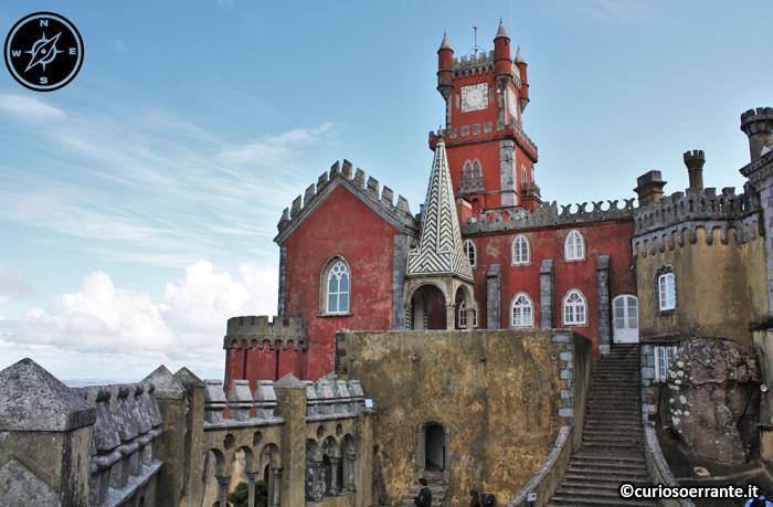 Palácio da Pena a Sintra - retro del palazzo