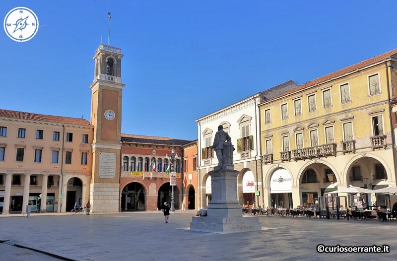 Rovigo - Piazza Vittorio Emanuele II il cuore della città