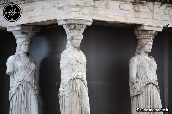 Acropoli di Atene ed il Partenone - La loggetta delle Cariatidi