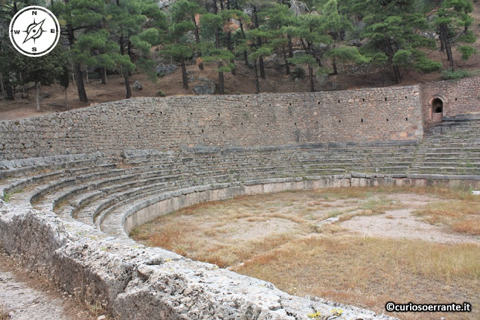 Antica Delfi - Lo stadio - lato settentrionale