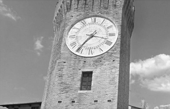 Accesso originale della Torre dei Gualtieri