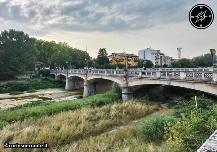 Parma - Torrente Parma e ponte delle nazioni