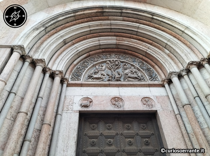 Parma - battistero portale