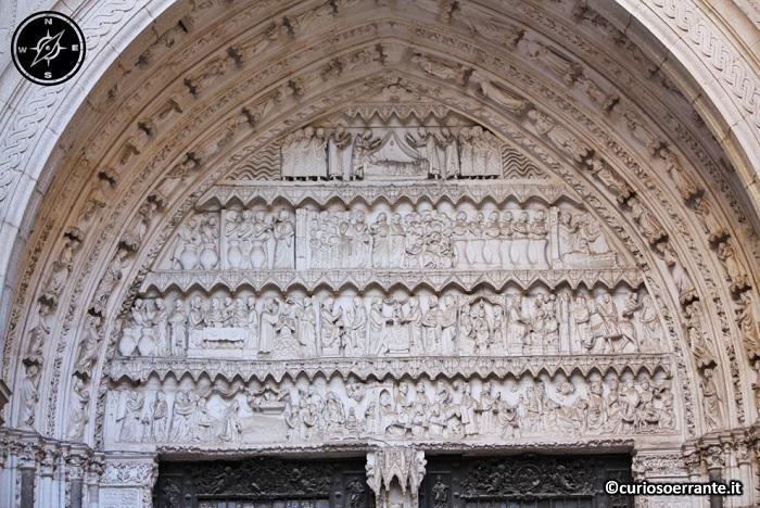 Toledo - Cattedrale di Santa María de Toledo - portale laterale