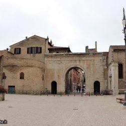 Fano - la Porta augustea sulla Flaminia