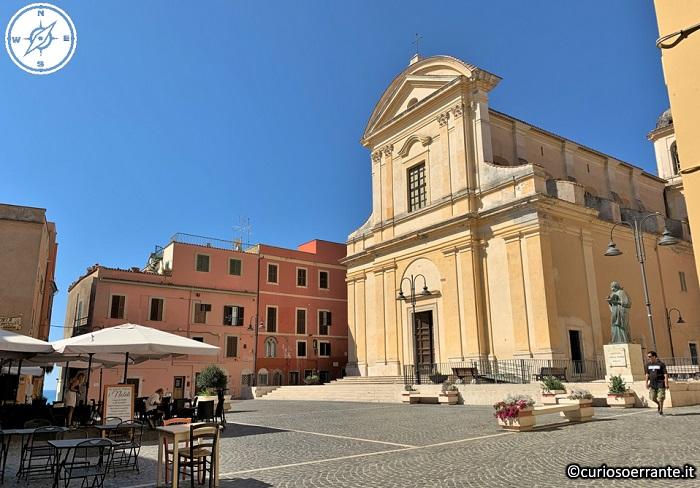 Nettuno - Chiesa di San Giovanni Battista ed Evangelista